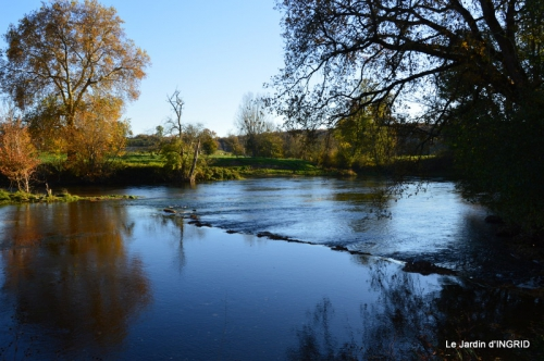Romefort,bord de Creuse,vent,feuilles,jardin,canal 023.JPG