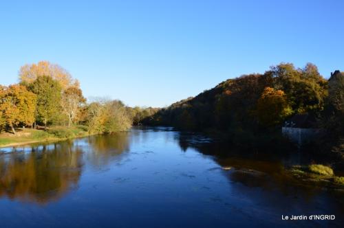 Romefort,bord de Creuse,vent,feuilles,jardin,canal 005.JPG