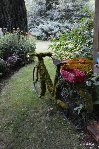 jardin,vélo,bouquet,Lalinde,podium,b.de mariée 032.JPG