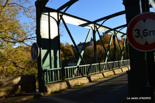 Romefort,bord de Creuse,vent,feuilles,jardin,canal 002.JPG