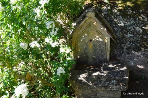 mésanges,escargots,ros. de banks,abeilles,Monpazier,Banes,Forêt 204.JPG